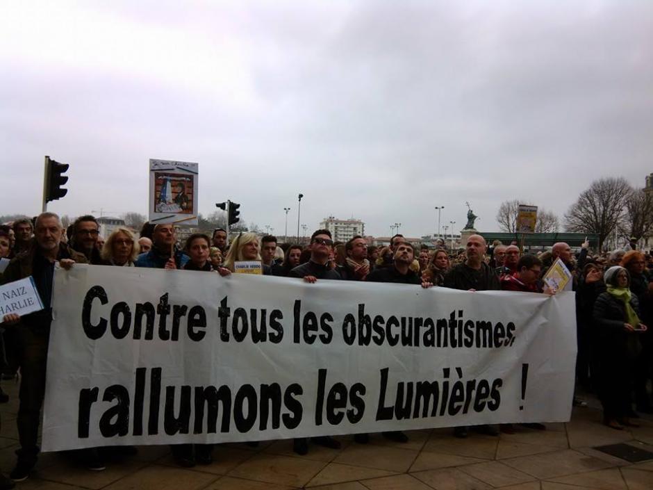 Rassemblement citoyen à Bayonne : Nous sommes CHARLIE